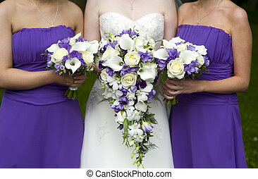 bride and bridesmaids with wedding bouquets - bride and...