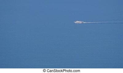 Single speed boat - Greece