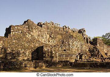 Sleeping Buddha, Baphuon Temple - Ruins of a huge sleeping...