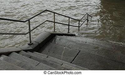 Thames Steps.