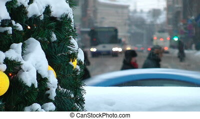 HD - Winter in the City. Traffic of a people at Christmas