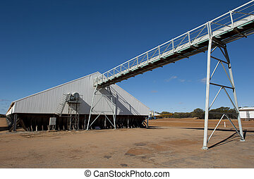 Grain silo Western Australia - Huge grain silo in the wheat...
