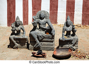 indian idol - hindu god with goddess