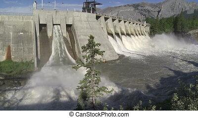 Kananaskis Dam w 01