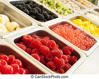 Frozen Yogurt Toppings - Frozen yogurt toppings bar Yogurt...
