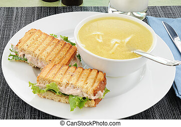 Tuna sandwich with chicken noodle soup - A grilled tuna...