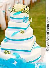 Blue-white wedding cake - Wedding cake in white and blue...