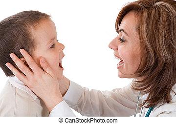 niño, teniendo, físico, examen, doctor