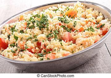 Couscous, ensalada, vegetales