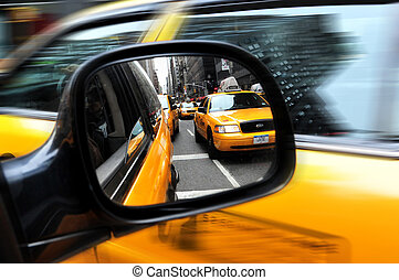Travel Photos of New York - Manhattan - Yellow taxi cab, one...