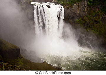Snoqualmie Falls, Washington state, USA