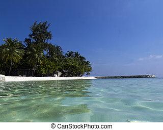 Beach vacation - Idyllic vacation resort in the Maldives
