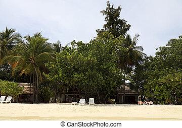 Beach vacation - Beautiful holiday resort island with beach