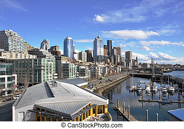 Seattle Waterfront - Rooftop view over Seattles famous...