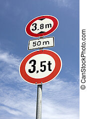 roadsign height restrictions