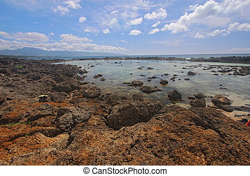 Pupukea tide pools on the north shore of Oahu, Hawaii - View...