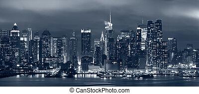 Manhattan, New York City. - Panoramic image of Manhattan...