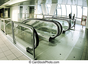 Escalator hall