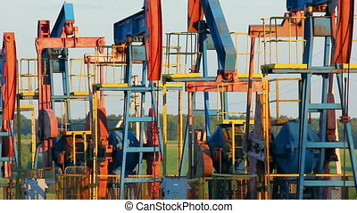 many working oil pumps