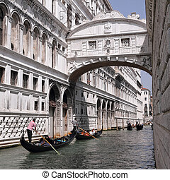 Gondolas passing over Bridge of Sighs - Bridge of Sighs -...