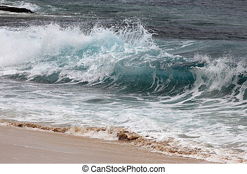 Beautiful crashing wave - Yokohama Bay, Oahu