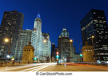 Michigan Avenue in Chicago - Image of busy traffic at the...
