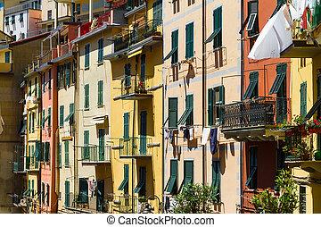 Colorful buildings in Riomaggiore, Cinque Terre, Italy
