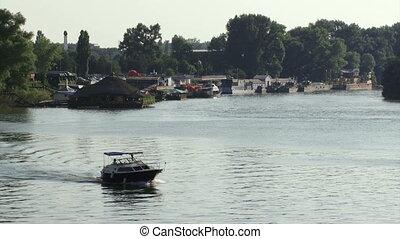 Belgrade, Danube river, boats - Belgrade, Danube river,...
