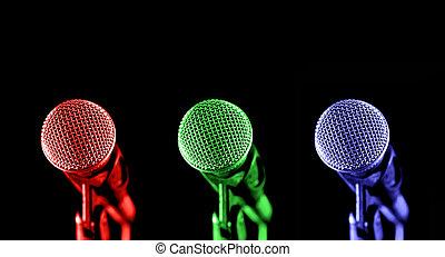 Primário, microfones