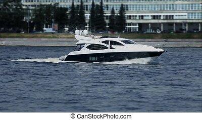 cruising yacht
