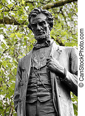 Lincoln statue in Parliament Square