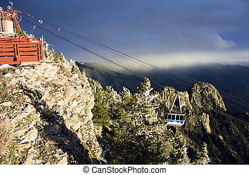 Sandia Mountains Tramway approaching the peak