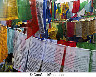 COLOURFUL PRAYER FLAGS IN BHUTAN - COLORFUL PRAYER FLAGS...