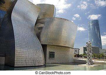 Guggenheim museum, Bilbao, Bizkaia Spain