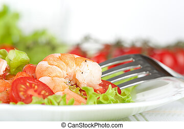 Salad of king prawns