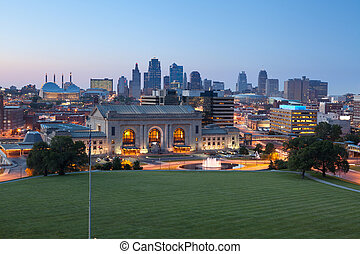Kansas City. - Image of the Kansas City skyline at twilight.