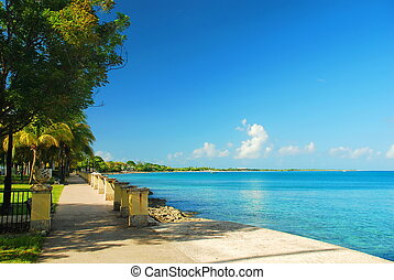 Frederiksted Harbor, St. Croix, USV - Downtown Fredericksted...