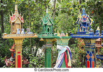 spirit houses in thailand - spirit houses in ko phangan...