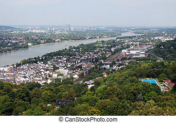 View downstream River Rhine overlooking Koenigswinter, Bad...