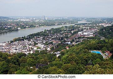 View downstream River Rhine overlooking Koenigswinter, Bad...