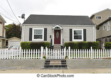 Single story family house with driveway - Single family...