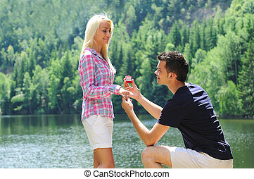 Young man proposal - Young man propose his girlfriend