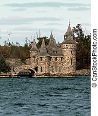 little castle in the thousand islands, new york