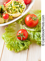 SALAD OF TOMATOES AND ZUCCHINIS