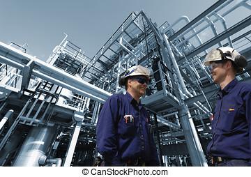 aceite, refinería, trabajadores