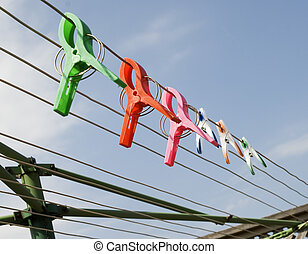 clothes pin on a clothesline