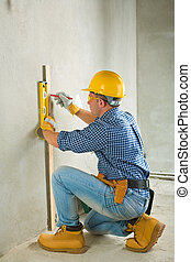 builder at concrette wall