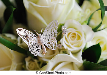 Rose & Butterfly - Brides roses with butterfly detail