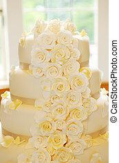 Wedding Cake Detail - Wedding cake closeup flower details