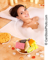 Woman relaxing in bath - Woman relaxing in bubble bath